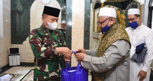 Pangdam Jaya Laksanakan Manunggal Jum'at Bersama Jajaran Kodam Jaya